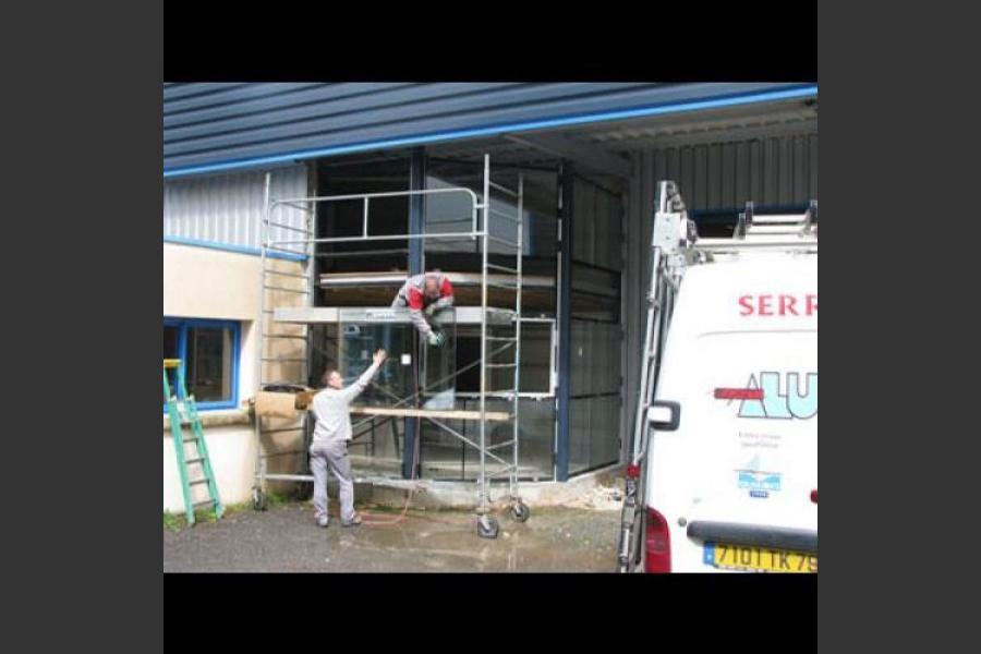 Atelier - rénovation bâtiment menuiseries aluminium niort