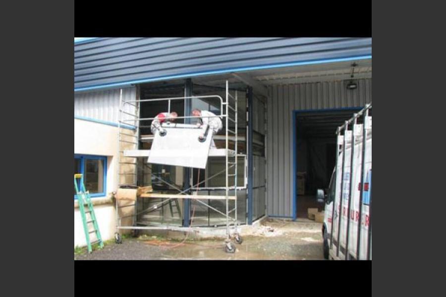Atelier - rénovation bâtiment menuiseries aluminium poitiers