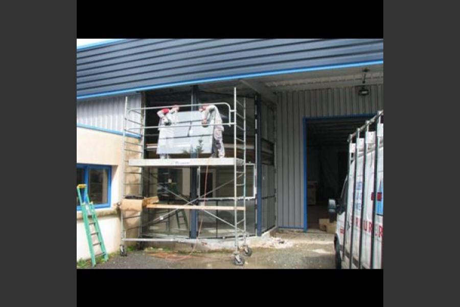 Atelier - rénovation bâtiment menuiseries aluminium poitou charentes
