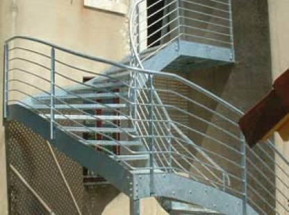 escaliers métalliques poitiers
